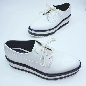 ZARA Women's Flat Platform patent White Loafer sz6